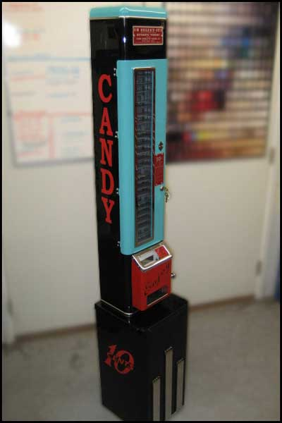 Northland Jukeboxes U Select It Candy Machines